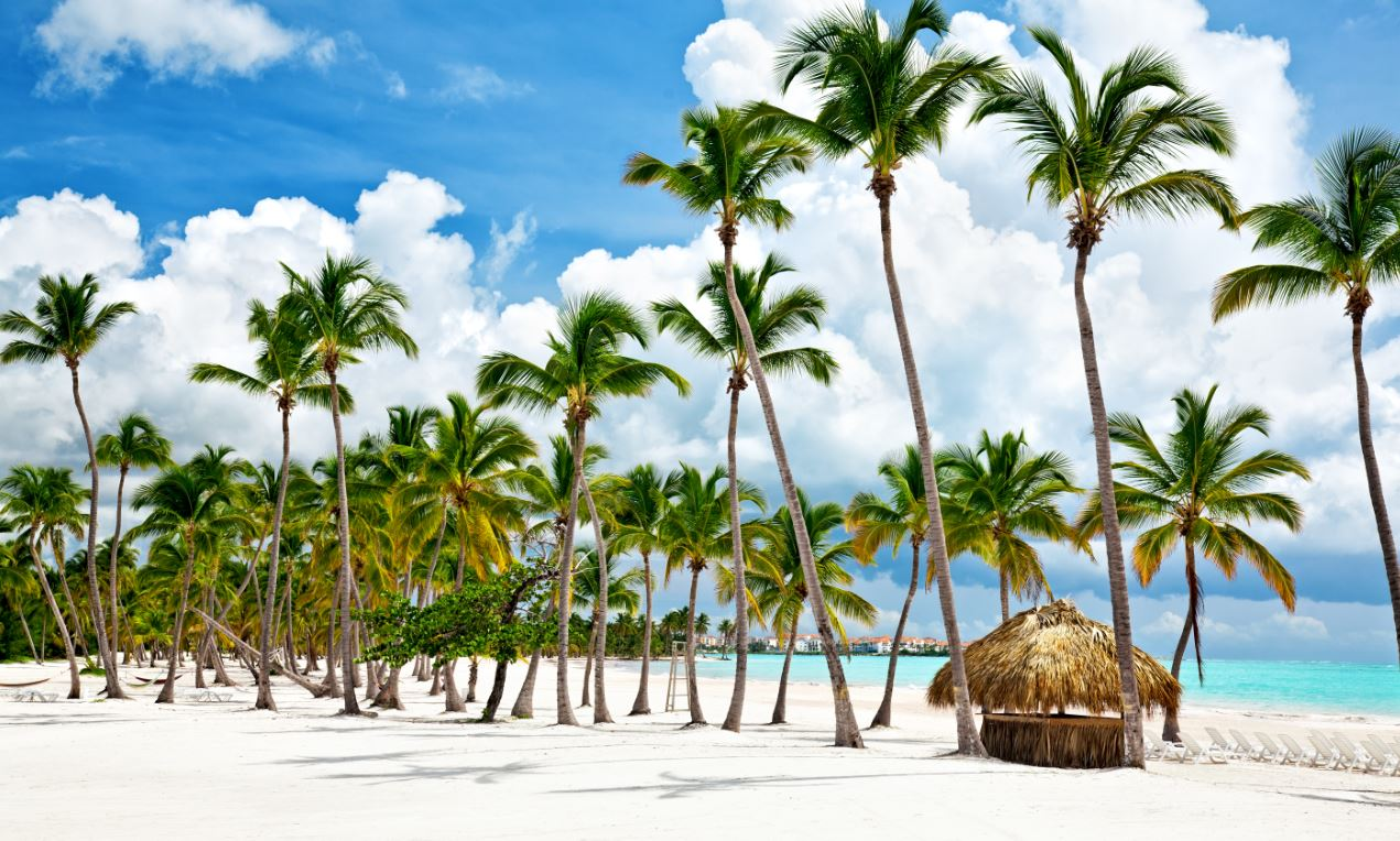 Dominican Republic Battles For Tourists Head on With Mexico